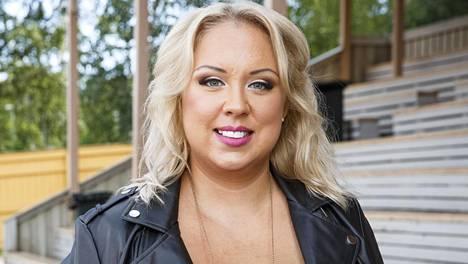 Henna Kalinainen teki suuren elämäntapamuutoksen Olet mitä syöt -ohjelmassa. Kalinaisen mukaan elämäntaparemontti auttoi häntä tulemaan raskaaksi.