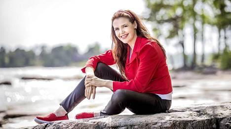 Uupumus pisti Jaana Hautalalle kaiken uuteen uskoon: hän erosi, teki konkurssin ja muutti toiselle paikkakunnalle.