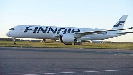 Finnairin Airbus A350-mallinen lentokone.
