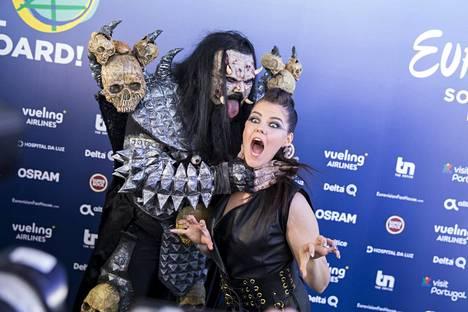 Viisuvoittaja Lordi ja Saara Aalto tapasivat Lissabonissa.