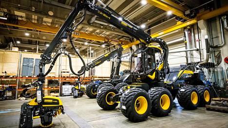 –Metsäkonemarkkina oli erittäin vahva myös vuoden toisella neljänneksellä. Markkina-alueistamme vahvimmin kasvoivat Pohjois- ja Keski-Eurooppa sekä Venäjä, toimitusjohtaja Juho Nummela sanoo tulostiedotteessa.