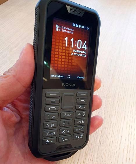 Nokia 800 Toughissa on järeät pudotussuojaukset.