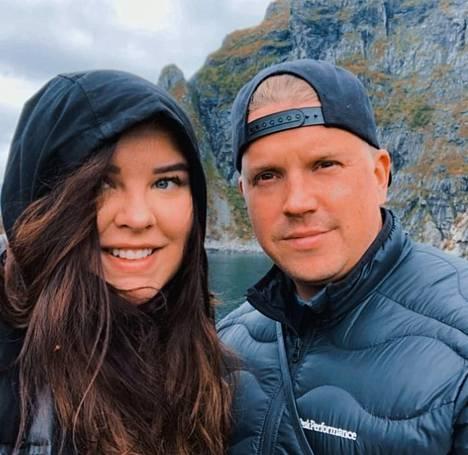 Vantaalaiset Hanna ja Sami ovat ihastuneet luonnossa liikkumiseen. Norjan Lofootit tekivät vaikutuksen vuonna 2019.