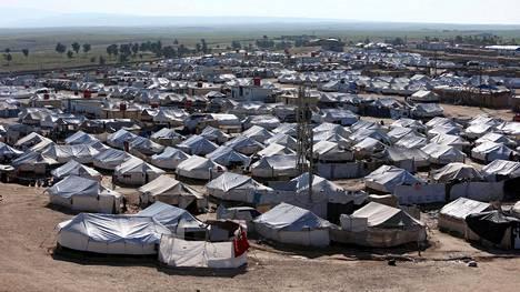 """Näin Sveitsi perustelee Syyriasta palanneiden suomalaisnaisten maahantulokieltoa – """"Tarkoitus suojella Sveitsiä tällaisilta henkilöiltä"""""""