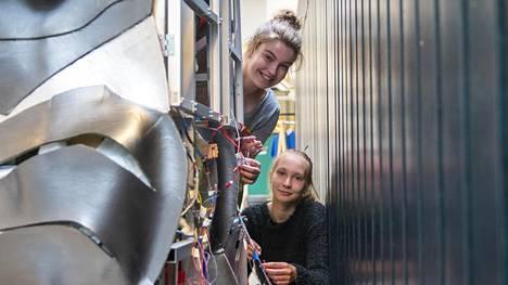 Essi Meriläinen ja Inka Holman uskovat, että opituista taidoista on hyötyä myöhemmin.