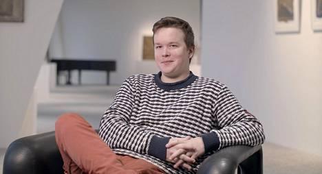 29-vuotias ohjaaja Sami Kieksi on tyytyväinen, että sarja on herättänyt niin paljon keskustelua.