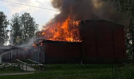 Koulun tulipalo herätti huomiota kesäkuussa Mikkelissä.