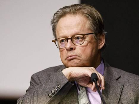 Juhana Vartiaisen odotetaan kertovan pormestariehdokkuudestaan tiistaina.