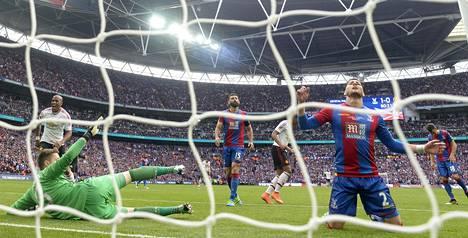 Juan Mata teki tasoitusmaalin.