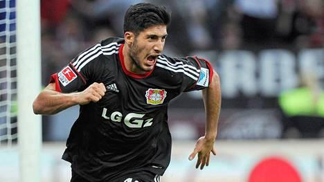 Emre Can siirtyi Bayer 04 Leverkusenista Liverpooliin.