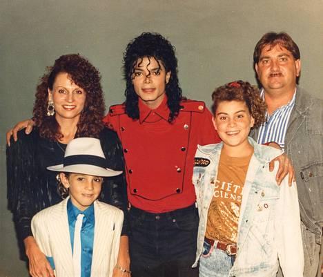 Jackson ja Robsonin perhe vuonna 1990.