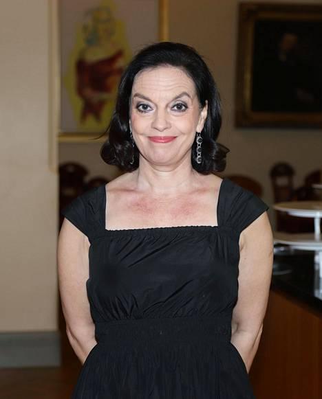 Anna-Leena Härkösen tuore romaani Kenraaliharjoitus ilmestyi kesäkuussa.