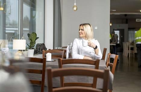 Liski emännöi nykyään lounasravintolaa, jonka omistaa hänen puolisonsa.