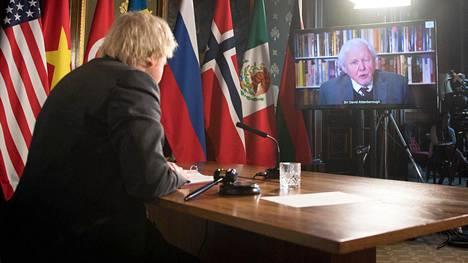 YK:n turvallisuusneuvoston kokousta johtanut Boris Johnson kuunteli korvat tarkkana Sir David Attenborough näkemyksiä ilmastonmuutoksesta.