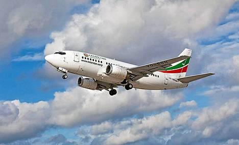 Syksyllä 2011 otettu kuva Boeing 737 –koneesta, jonka rekisterinumero on VQBBN. Juuri kyseinen kone tuhoutui Kazanin lentoturmassa.