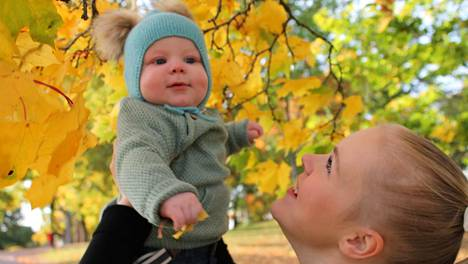 Emma Räkköläisen Aatos-poika syntyi keväällä 2020.