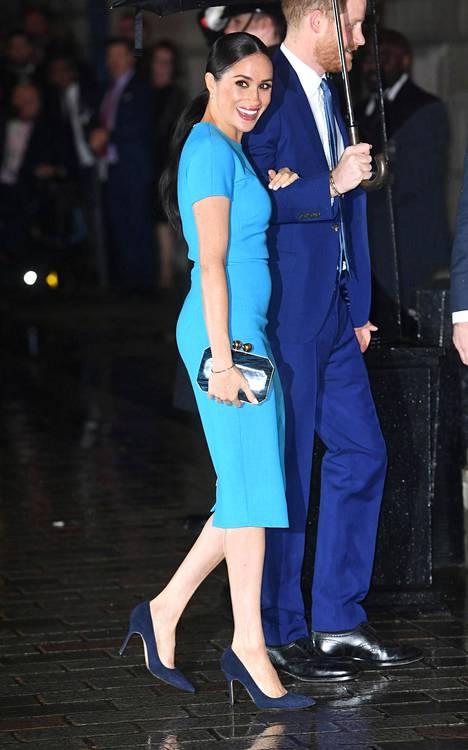Prinssi Harry ja herttuatar Meghan saapuivat 5. maaliskuuta Endeavour Fund Awards -gaalaan Lontoossa. Tilaisuus oli ensimmäinen kerta, kun pari näyttäytyi yhdessä kohuilmoituksensa jälkeen.
