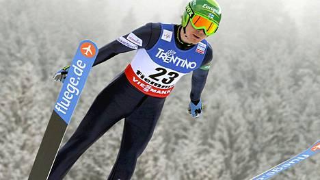 Janne Ryynänen on mäen jälkeen paras suomalainen.