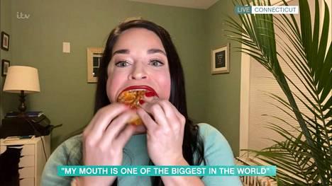 Samanthan suuvideot sekä hämmentävät että huvittavat.