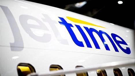 Tanskalainen lentoyhtiö Jet Time ilmoitti tiistaina hakeutuvansa konkurssiin.