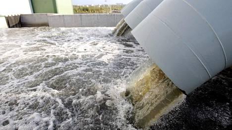 Pietarin lounainen jätevedenpuhdistamo. Pohjoismaiden neuvoston julkistaman raportin mukaan Itämeren ympäristöyhteistyö pitäisi saada erilleen Venäjä-pakotteista.