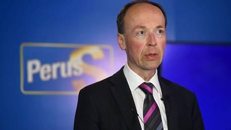 Perussuomalaiset on henkilöitynyt paikkansa jättävään puheenjohtajaan Jussi Halla-ahoon erityisen voimakkaasti.
