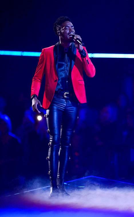"""Dalton Harris ei haluaisi jäädä vain """"siksi kaveriksi, joka voitti X Factorin""""."""