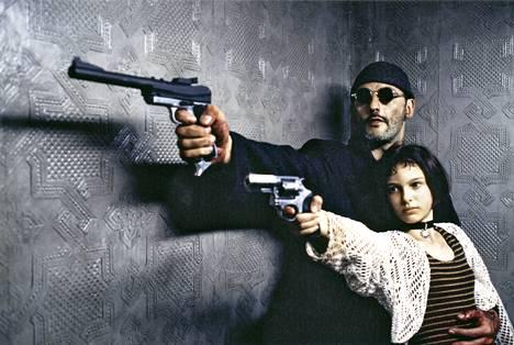 1994: Jean Reno ja Natalie Portman elokuvassa Leon.