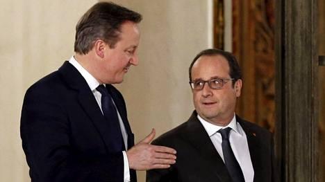 David Cameron ja Francois Hollande keskustelivat maanantaina Pariisissa.