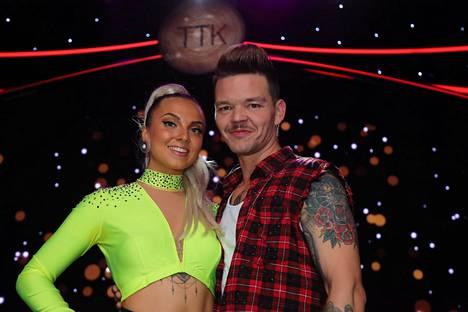 Veronica nähtiin viime syksynä myös Tanssii tähtien kanssa -suosikkiohjelmassa, jossa hänen parinaan tanssi Jani Rasimus.