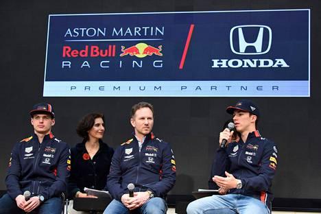 Red Bullin F1-talli vaihtoi Hondan voimanlähteisiin.