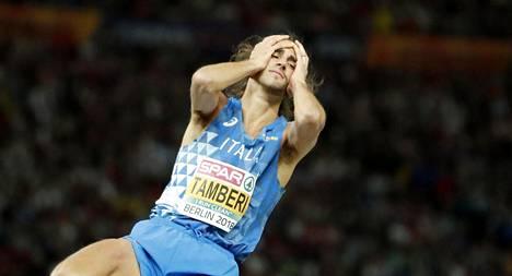 Italian korkeusmies Gianmarco Tamberi oli ajanut viiksensä ja partansa vain puoliksi.