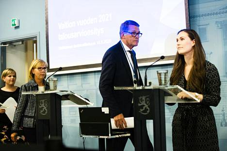 Pääministeri Sanna Marinin (sd) hallituksen lainvalmistelussa on ollut myös omat ongelmansa.