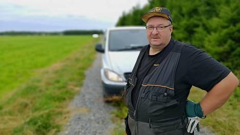 Arto Haataja hukkasi näköyhteyden vaikeuksissa olleeseen pienkoneeseen ja luuli lentäjän voittaneen ongelmat.