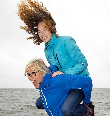 Ella Junnilan äiti Ringa Ropo on myös yleisurheilun Suomen ennätyksen haltija. Kuva on vuodelta 2018.