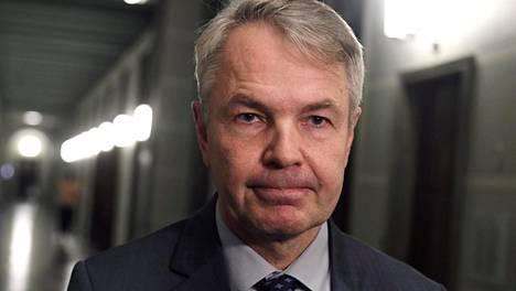 Ulkoministeri Pekka Haavisto kertoo Suomen jo aiemmin tehneen selväksi, ettei hyväksymistä irtoa sellaisille oikeudenkäynneille, joissa mahdollisena rangaistuksena olisi kuolemanrangaistus.