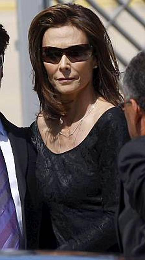 Fawcettin hautajaisiin osallistui myös alkuperäisiin Charlien enkeleihin kuulunut Kate Jackson.