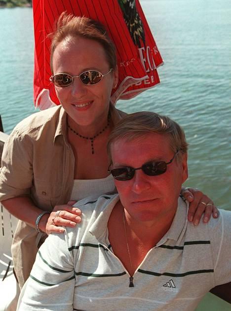 Maire ja Matti Hagman vuonna 1999.