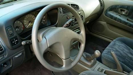 Autossa rahaa kiinni enintään muutama tonni. Siinä varsin yleinen tapaus suomalaisessa liikenteessä.
