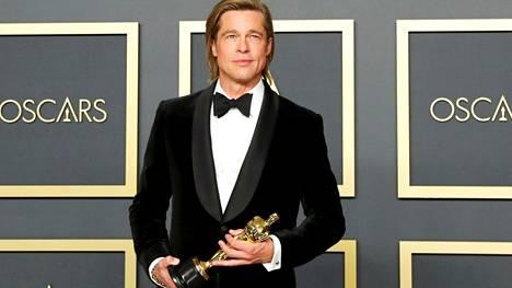 Brad Pitt palkittiin parhaan miessivusosan Oscarilla elokuvasta Once Upon a Time In Hollywood.