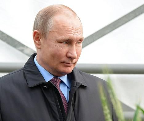 BBC:n toimittaja kysyi maanantaina Moskovassa presidentti Putinilta, onko Venäjä vastuussa Sergei Skripalin myrkyttämisestä. – Tutkikaa asia ensin kunnolla (Britanniassa) ja sitten voimme keskustella siitä, Putin kuittasi BBC:n kysymykseen.