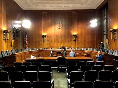 Senaatin oikeusasiainkomitean kuuleminen järjestetään tässä salissa.