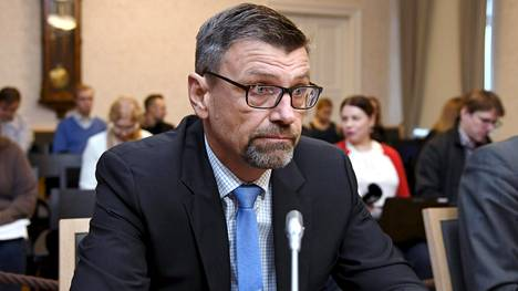 Matti Nissinen virkarikossyytteidensä käsittelyssä korkeimmassa oikeudessa marraskuussa.