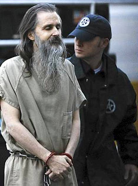 Brian David Mitchell tuotiin käsiraudoissa oikeuteen viime viikolla.