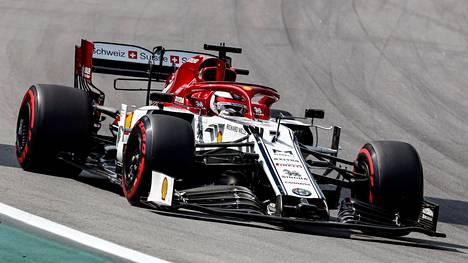 Alfa Romeon F1-autoihin on tulossa suuren puolalaisyhtiön logot.