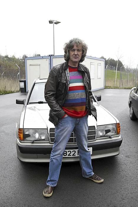James Mayn kiinnostus autoihin periytyy autoalalla työskennelleeltä isältä.