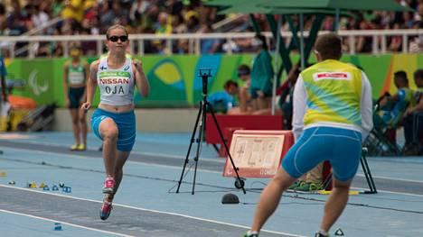 Ronja Oja nosti omavastuuasian keskusteluun. Kuva Rion paralympialaisista.