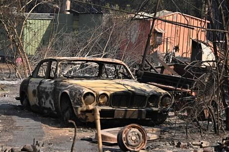 Maastopalo tuhosi kiinteistön 350 kilometriä Sydneystä pohjoiseen sijaitsevassa Old Barin rannikkokaupungissa.