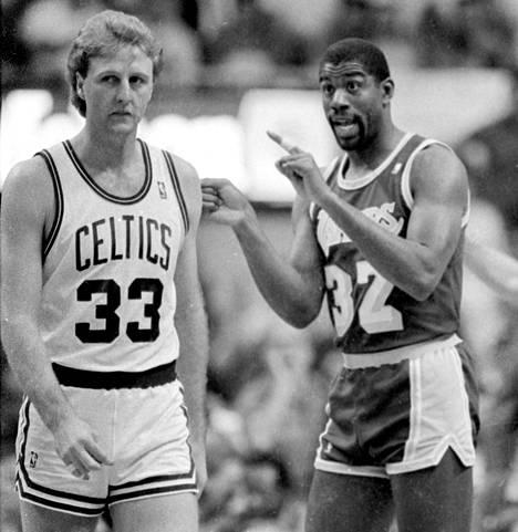 Magic Johnson ja Larry Bird olivat 1980-luvun suurimmat tähdet NBA:ssa.