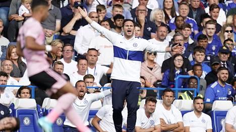 Frank Lampardin kotidebyytti Chelsean päävalmentajana päättyi 1–1-tasapeliin Leicester Cityä vastaan.